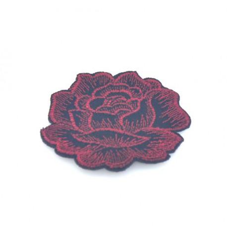 Róża czerwona/czarna 50x51 mm