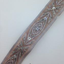 Taśma koralik + cekin 3,2 cm srebro i capucino